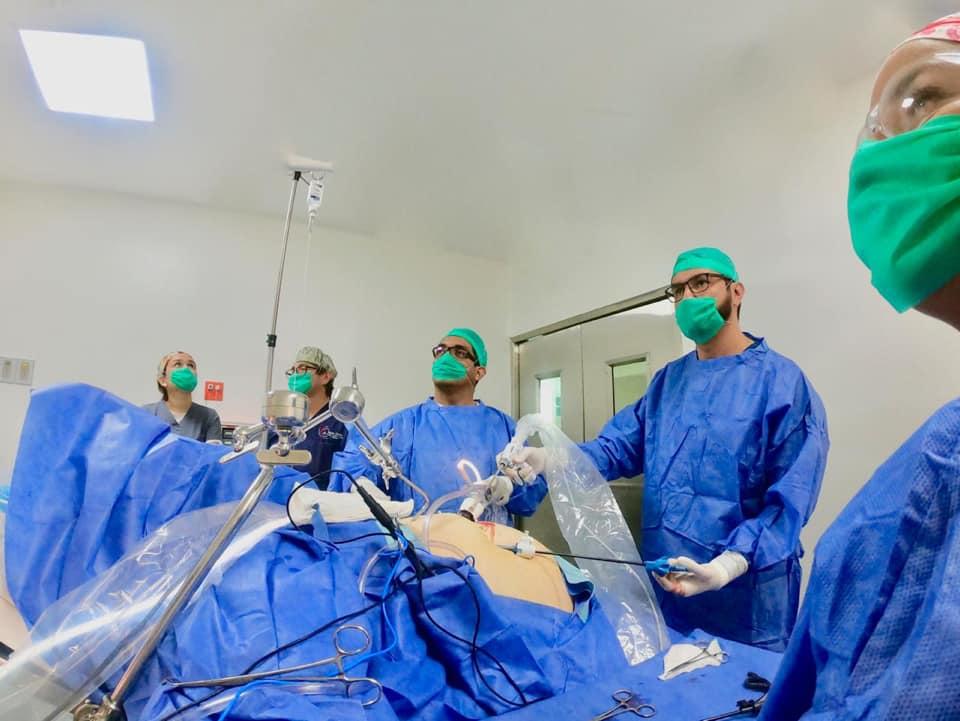Dr Miguel Montalvo Operating Gastric Sleeve - Bariatric Surgeon in Tijuana